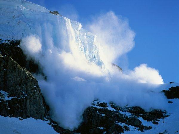 mt-rainier-avalanche_301_600x450