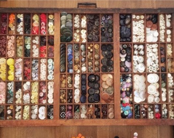 stock-photo-vintage-organization-buttons-cleaning-organizing-sorting-9051000a-5709-43b2-8008-e1c22e6bc1b6 (1)